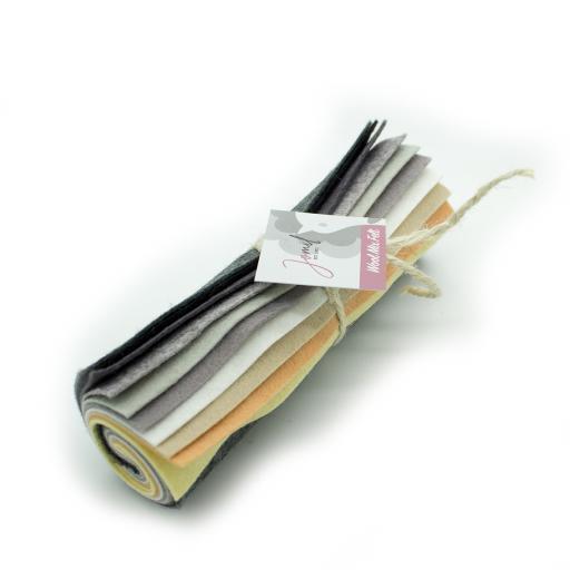 Mini Felt Rolls FR13 (22-40), 15x15cm - Pack of 10